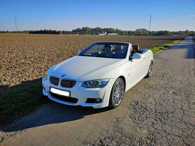 gebraucht BMW 325 Cabriolet 3er-Reihe Cabrio (E93) Aut.