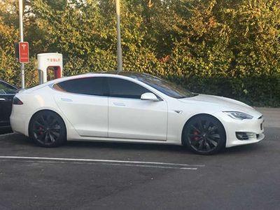 gebraucht Tesla Model S P90DL Supercharger kostenlos auf dem Auto! Limousine