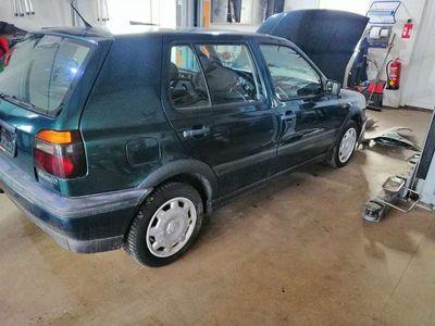gebraucht VW Golf 1,6 lt Benzin Klein-/ Kompaktwagen
