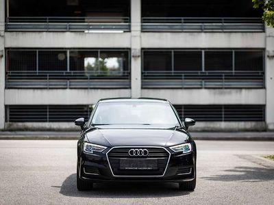 gebraucht Audi A3 Sportback 2.0 TDI intense *1.Besitz* Servicepaket* Kombi / Family Van