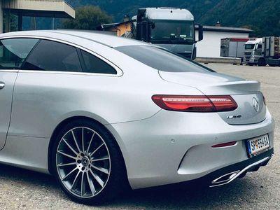 gebraucht Mercedes E220 E-Klasse4Matic Coupe Sportwagen / Coupé