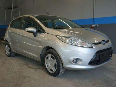 gebraucht Ford Fiesta Titanium 1,6 TDCi DPF Klima