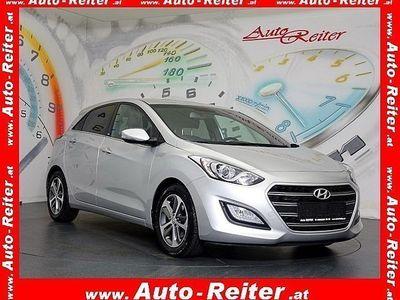 gebraucht Hyundai i30 1,4 MPI GO! *NP: ~€ 22.100,-* *KLIMATRONIC, TEMPOMAT*