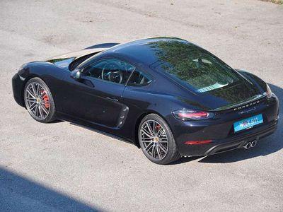 used Porsche 718 Cayman S Sportwagen / Coupé,