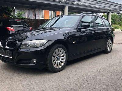 gebraucht BMW 318 3er-Reihe d Advantage Kombi / Family Van