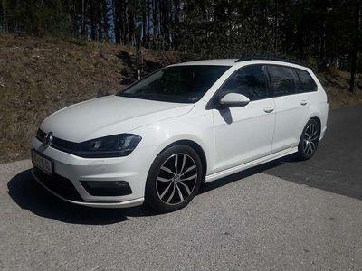 gebraucht VW Golf 1,6 Tdi 4motion R line Kombi / Family Van
