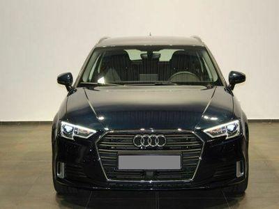 gebraucht Audi A3 Sportback 1,5 TFSI COD S-tronic sport Virtual Standh Navi