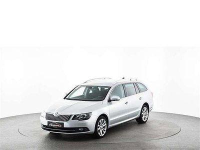 brugt Skoda Superb Combi Ambition 2,0 TDI Green tec DSG Kombi / Family Van,