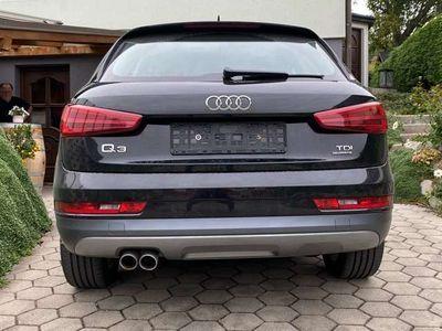gebraucht Audi Q3 2.0 quattro intense SUV / Geländewagen