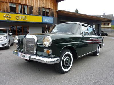 gebraucht Mercedes 200 Andere Heckflosse