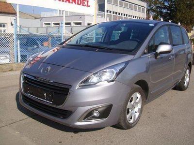 gebraucht Peugeot 5008 1,6 BlueHDi 120 S&S EAT6 Business Line Kombi / Family Van,