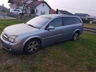 gebraucht Opel Vectra Caravan 2,2 DTI 16V Aut.