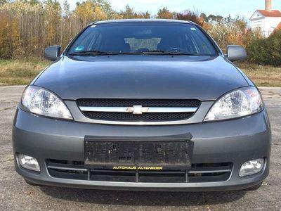gebraucht Chevrolet Lacetti 1,6 SX Klein-/ Kompaktwagen
