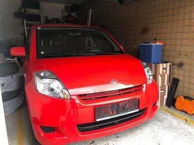 gebraucht Daihatsu Sirion 1.0 Benzin Klein-/ Kompaktwagen