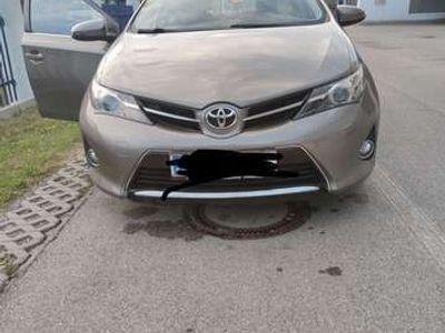 gebraucht Toyota Auris 1,4 D-4D Lounge