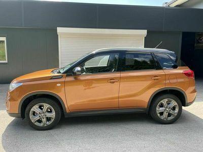 gebraucht Suzuki Vitara 16 DDiS 4WD NaviSitzheizAbstandstempKli