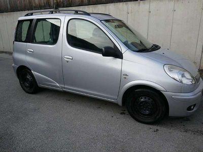 gebraucht Toyota Yaris Verso 1,4D-4D Kombi / Family Van