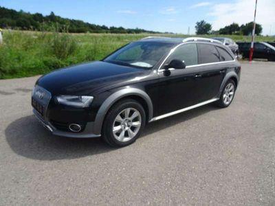 gebraucht Audi A4 Allroad 3,0 TDI quattro DPF S-tronic Kombi / Family Van