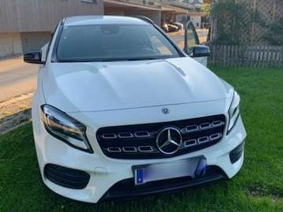 gebraucht Mercedes GLA220 4MATIC Aut.