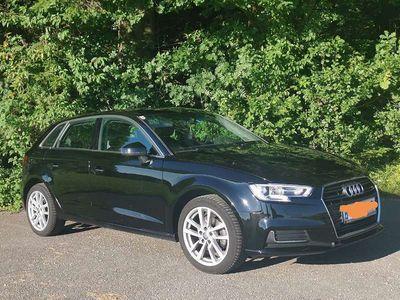 gebraucht Audi A3 Intense Klein-/ Kompaktwagen