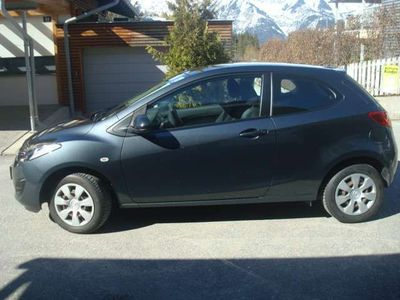 usata Mazda 2 1,3i Life