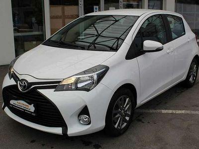 gebraucht Toyota Yaris aus Koblach - 51 kW und 90252 km
