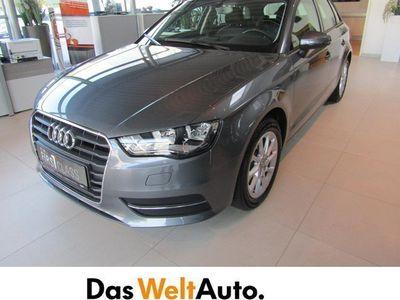 gebraucht Audi A3 Sportback 2.0 TDI Attraction Limousine,