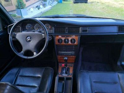 gebraucht Mercedes 190 2,0 Aut.