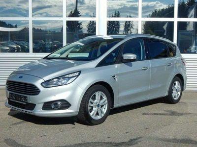 gebraucht Ford S-MAX 2.0 TDCi Aut. Titanium Kombi / Family Van