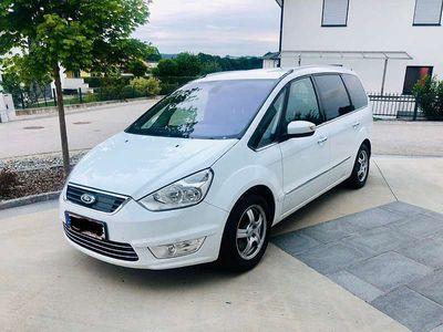 gebraucht Ford Galaxy Titanium 2,0D, ACC, Rückfahrkamera, Leder Kombi / Family Van