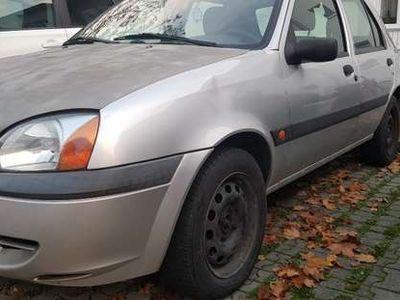 gebraucht Ford Fiesta 1.3i Klein-/ Kompaktwagen