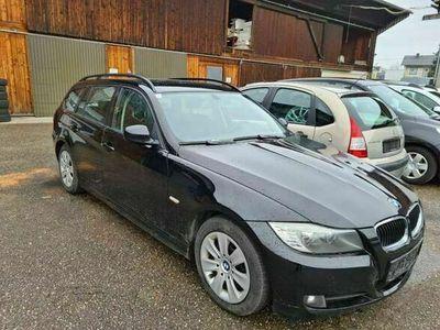 gebraucht BMW 318 3er-Reihe Kombi Diesel (E91) Touring Advantage