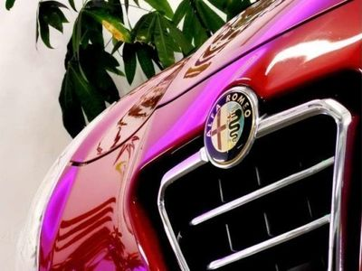 gebraucht Alfa Romeo Giulietta 1,6 JTD Multijet II Distinctive ** MEGAOPTIK **