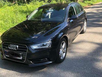 gebraucht Audi A4 Avant 2.0TDI Quattro Kombi / Family Van