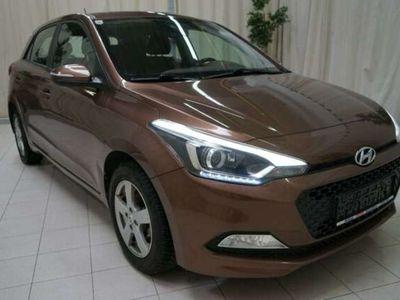 gebraucht Hyundai i20 i201,25 Premium! *13.267km*