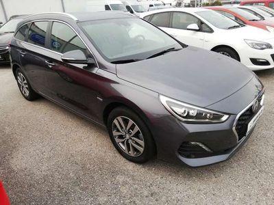 gebraucht Hyundai i30 CW 1,4 T-GDI Level 4