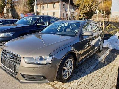 gebraucht Audi A4 Avant 2,0 TDI Aut. MMI Navi Kombi / Family Van,