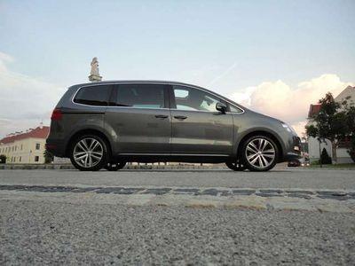 gebraucht VW Sharan Sky 2,0 TDI DSG*7 Sitze*Navi*Leder*Panorama*Led*