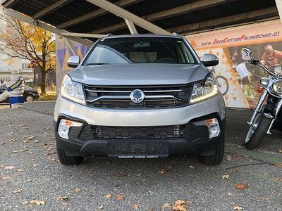 gebraucht Ssangyong Korando 2.2 Plus Smart 4M/T HZ SUV / Geländewagen