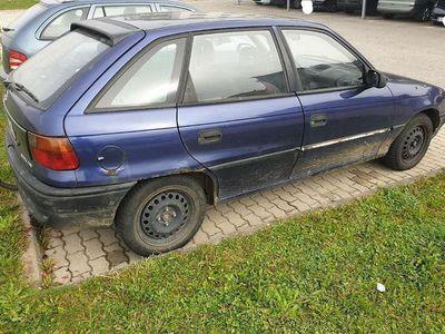 gebraucht Opel Astra F-CC. 1.7DT Klein-/ Kompaktwagen