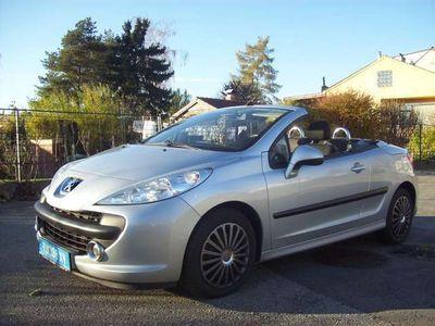gebraucht Peugeot 207 CC 1,6 16V Tiptronic