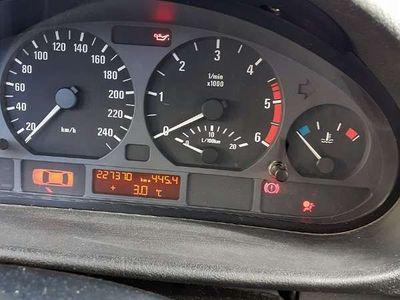 gebraucht BMW 320 3er-ReiheKombi diesel Kombi / Family Van