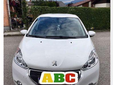 gebraucht Peugeot 208 Ö3 Edition Klein-/ Kompaktwagen