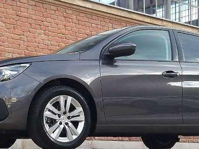 gebraucht Peugeot 308 1,6 BlueHDI 100 Active + Navi / Neuwagenzustand /