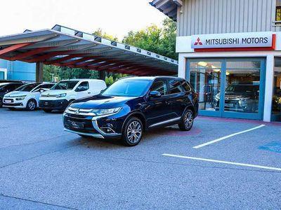 gebraucht Mitsubishi Outlander 2,2 DI-D AS&G Intense+ Connect