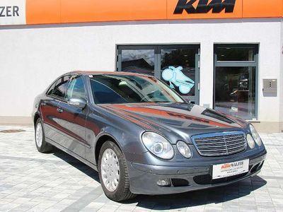 gebraucht Mercedes E320 DCI 4. Matic Limousine