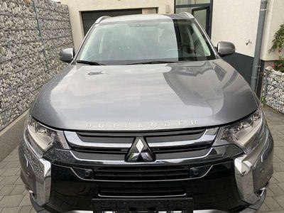 gebraucht Mitsubishi Outlander P-HEV 4WD Business Connect SUV / Geländewagen