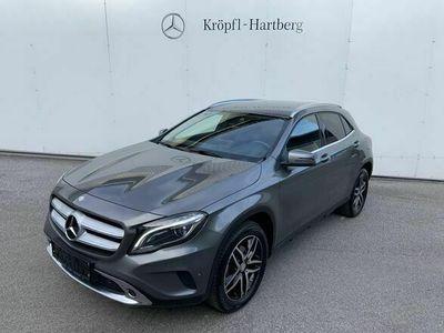 gebraucht Mercedes GLA180 d Urban **Erstbesitz**