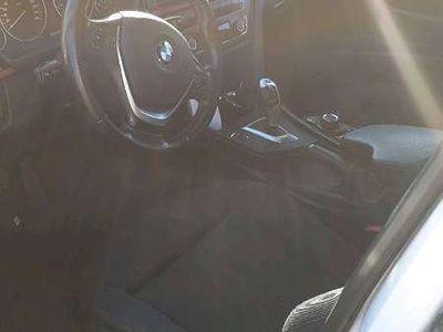 gebraucht BMW 320 3er-Reihe Sport Line 2.0 d Limousine