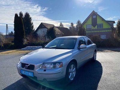 gebraucht Volvo S60 Momentum 2,4D Limousine